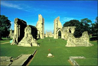 Англиканский епископ Уэльса совершит пешее паломничество