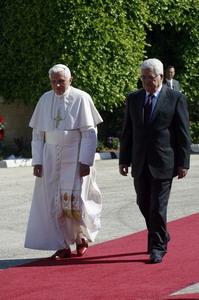 Папа Бенедикт XVI отслужил мессу в базилике Благовещения