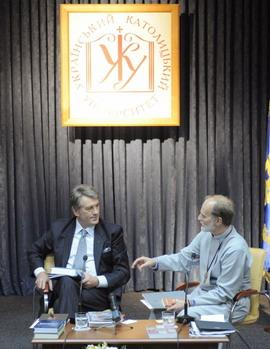 "В.Ющенко: ""Ми є партнерами церкви"""
