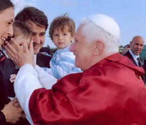 Папа Бенедикт XVI не мог поверить в свое избрание