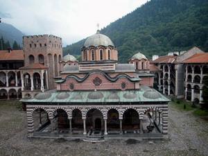 Для болгар работа и семья важнее религии