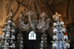 Современные церковные воры Чехии превзошли гуситов