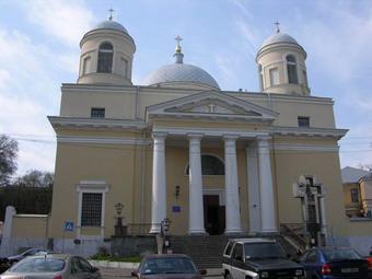 Депутаты требуют передать Александровский костел религиозной общине