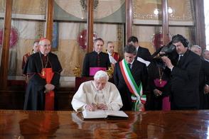 Папа Бенедикт XVI сделает для Б.Обамы исключение