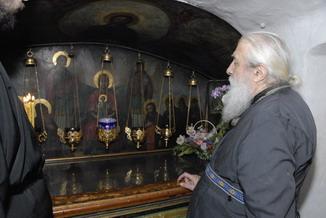 В Киево-Печерской лавре просушат гробницы