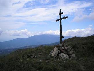 Крестный ход в Крыму поднялся на высоту 1000 м