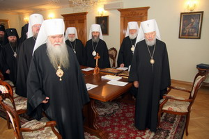 Коментар до рішень Священного Синоду УПЦ