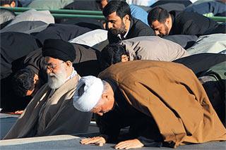 Обострилась борьба за духовное лидерство в Иране